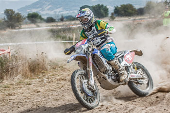 Daniel Milner on his way to the E2 victory in Sardinia. Image: Four Oh Four.