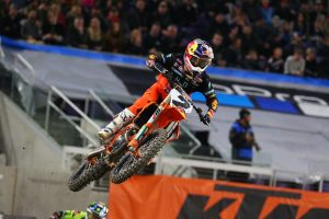 Webb clinches Minneapolis supercross victory
