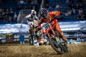Former Daytona winner Brayton to remain sidelined