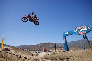Lawrence fights to take overall at Fox Raceway opener