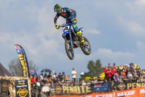 Clout bounces back to win Canberra ProMX