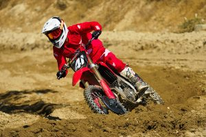 Overview: 2022 Honda CRF250R test